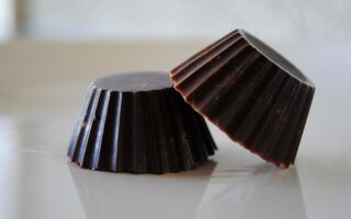 How to Make Your Own Dark Chocolate