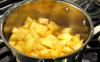 Spiced Apple-Pear Butter