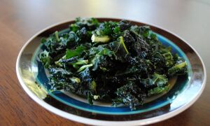 Chip-a-Licious: Make Your Own Kale Chips