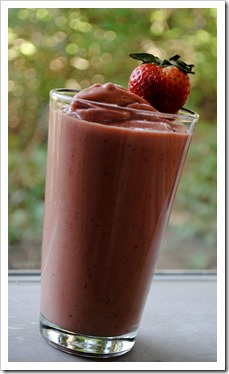 Fresh Strawberry Butternut Smoothie | Test Kitchen Tuesday