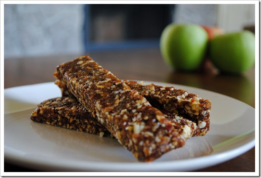 DIY Apple Pie Lara Bars | Test Kitchen Tuesday
